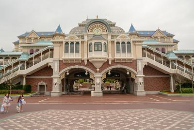 Tokyo Disneyland main entrance