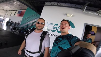 1146 Jerry Leonard Skydive at Chicagoland Skydiving Center 20180701 Eric Eric