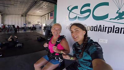 1208 Katherine Helms Skydive at Chicagoland Skydiving Center 20180706 Amy Amy
