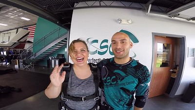 1306 Jessica Philips Skydive at Chicagoland Skydiving Center 20180710 Doug Cody