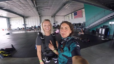 1440  Maddi Wold Skydive at Chicagoland Skydiving Center 20180714 Amy Amy