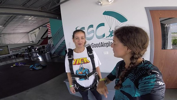 1421 Maria Naranjo Skydive at Chicagoland Skydiving Center 20180716 Amy Amy