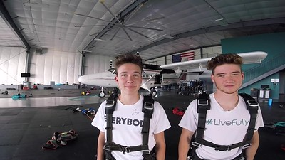 1911 Tanner Wilcox Skydive at Chicagoland Skydiving Center 20180718 Chris Chris