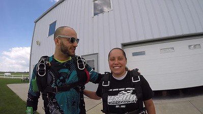 1538 Cheyenne Saathoff Skydive at Chicagoland Skydiving Center 20180721 Hops Chris