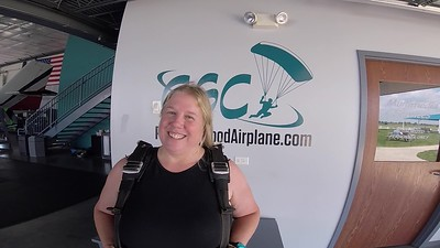 1412 Barb Badell Skydive at Chicagoland Skydiving Center 20180723 Chris Chris