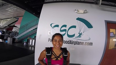 1837 Jennifer Maldonado Skydive at Chicagoland Skydiving Center 20180726 Chris Chris