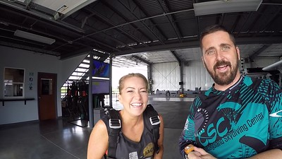 1632 Julia Kaleel Skydive at Chicagoland Skydiving Center 20180726 Tim Chris