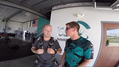 1554 Aliaksandr Lyshchyk Skydive at Chicagoland Skydiving Center 20180727 Eric Cody