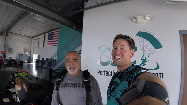 1428 Efrain Popoca Skydive at Chicagoland Skydiving Center 20180728 Eric Eric