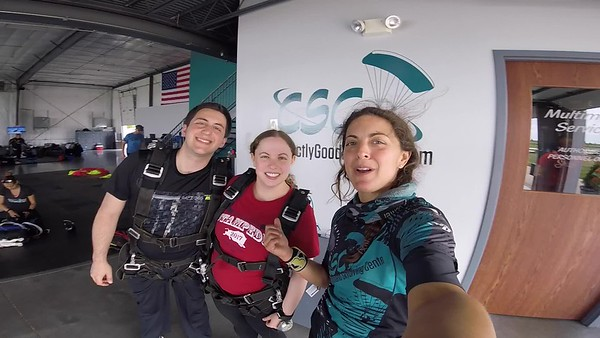 1532 Laura Bradley Skydive at Chicagoland Skydiving Center 20180728 Amy Amy