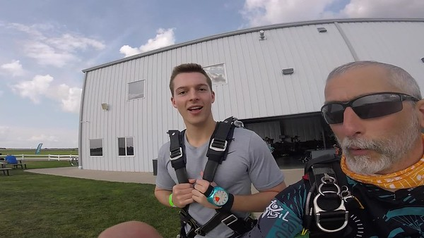1723 Ben Mahmood  Skydive at Chicagoland Skydiving Center 20180729 Chris R Chris R
