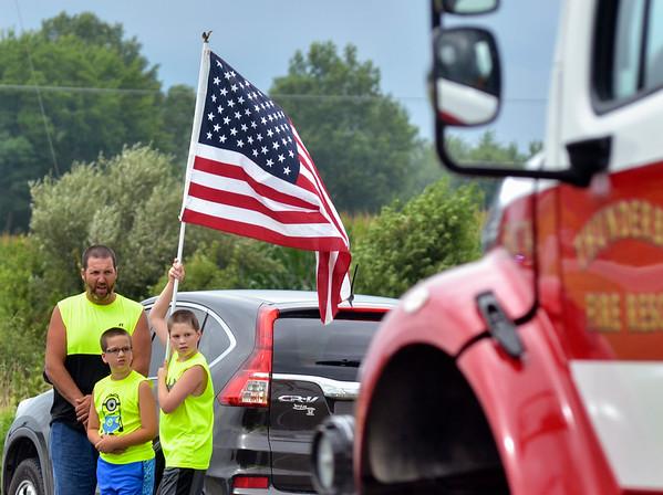 MET 072118 Roadside Flag