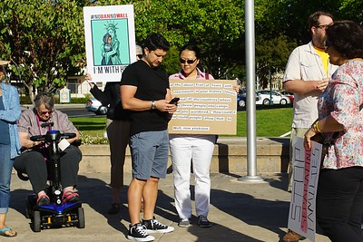DSC00049 MSouza Families Belong Together