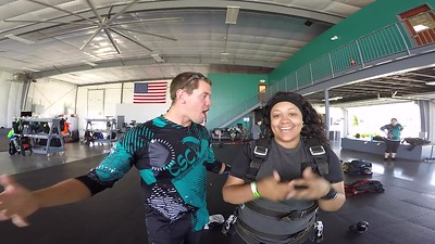 1219 Kiana Williams Skydive at Chicagoland Skydiving Center 20180601 Eric Cody