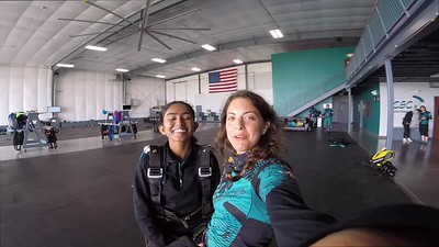 0914 Shimashi Dammalage  Skydive at Chicagoland Skydiving Center 20180602 Amy Amy