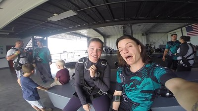 1408 Alicia McCollum Skydive at Chicagoland Skydiving Center 20180609 Jo Jo