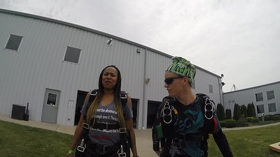 1227 Becky Smith Skydive at Chicagoland Skydiving Center 20180614 Jo Amy