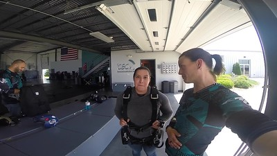 1446 Teresa Ramirez Skydive at Chicagoland Skydiving Center 20180615 Jo Jo