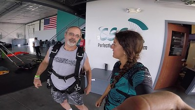 1448 David Rowland Skydive at Chicagoland Skydiving Center 20180616 Amy Amy