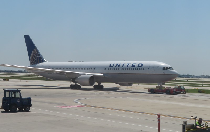 United Airlines Boeing 767 N660UA at Chicago O'Haire Airport, 29.06.2018.