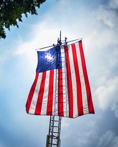 MET 061018 Flag