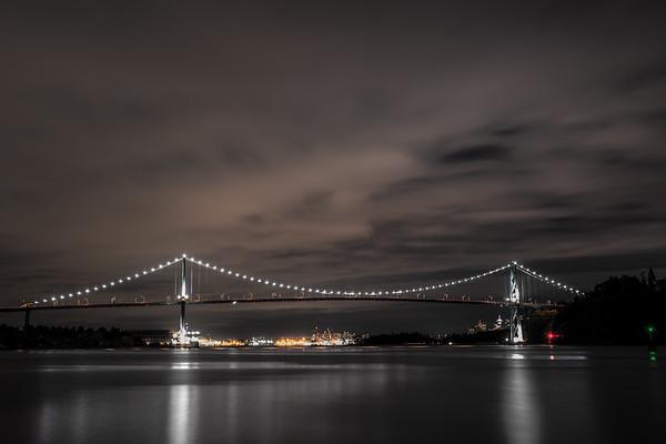 Lions Gate Bridge - Ambleside/West Vancouver