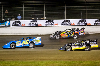 Brian Rickman (86), Mike Palasini, Jr. (D8) and Spencer Hughes (10)