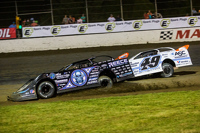 Scott Bloomquist (0) and Jonathan Davenport (49)