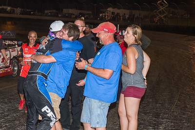 Hudson O'Neal hugs crew chief Taylon Center