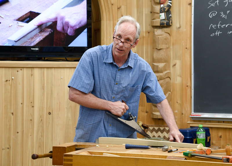 Making a Curved-Front Sofa Table with Chris Gochnour