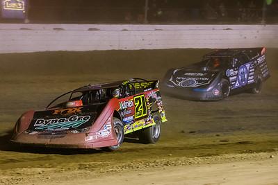 Billy Moyer, Jr. (21JR) and Scott Bloomquist (0)