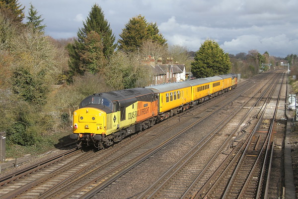 37254 Worting Junction 15/03/18 on the rear of 1Q54 Eastleigh to Tonbridge