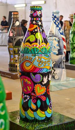 MET 032218 Hogan Bottle