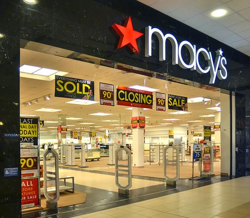 MET 032518 Macy's Front