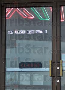 MET 031218 Showplace 8 Closed