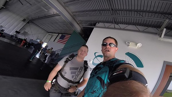 1832 Thomas Mullins Skydive at Chicagoland Skydiving Center 20180519 ERic Eric