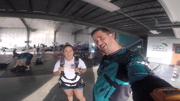 1914 Amy Somarribo Skydive at Chicagoland Skydiving Center 20180527 Tim Tim