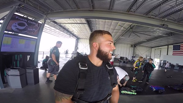 1646  Seth Miller  Skydive at Chicagoland Skydiving Center 20180527 Cody Cody