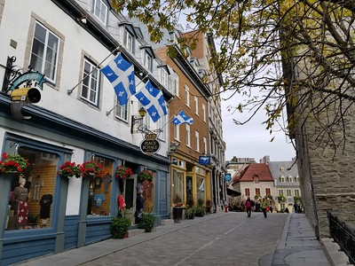 Street view, Old Town Quebec - Cathy Phillips