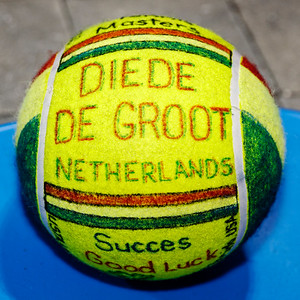 04c Special decorated ball for Diede de Groot - NEC Wheelchair Tennis Masters 2018