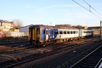156454 passes Pelaw heading for Newcastle   27/12/18