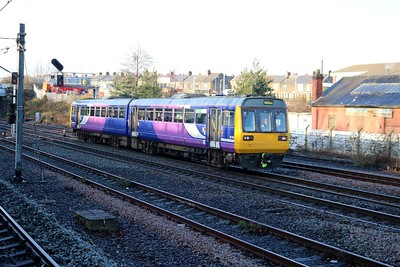 142094 passes Pelaw heading away from Newcastle   27/12/18