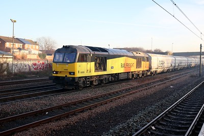 60085 0950/6N86 Tyne Dock-Lynemouth passes Pelaw with the days 1st  Biomass working   27/12/18