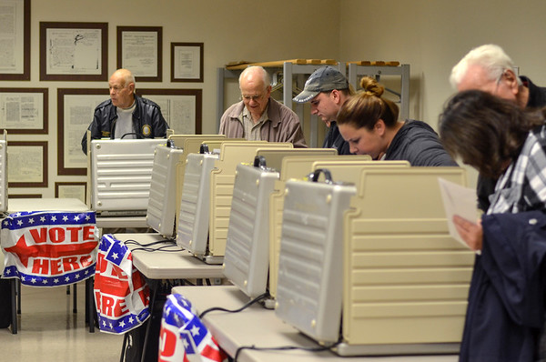 MET 110518 Voting Booths