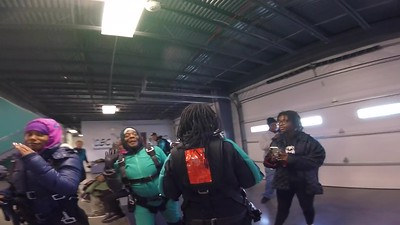1127 Stephanie Warren Skydive at Chicagoland Skydiving Center 20181013 Amy Amy