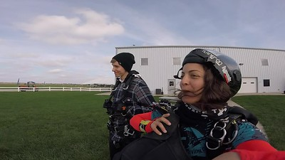 1553 Thomas Peterson Skydive at Chicagoland Skydiving Center 20181013 Amy Amy