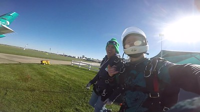 1134 German Mendez Skydive at Chicagoland Skydiving Center 20181021 Klash Klash