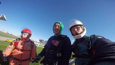1610 Shengchiang Ji Skydive at Chicagoland Skydiving Center 20181021 Klash Klash