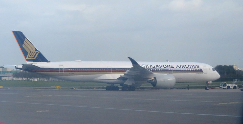 Singapore Airlines Airbus A350 9V-SMN at Amsterdam Schiphol Airport, 03.10.2018.