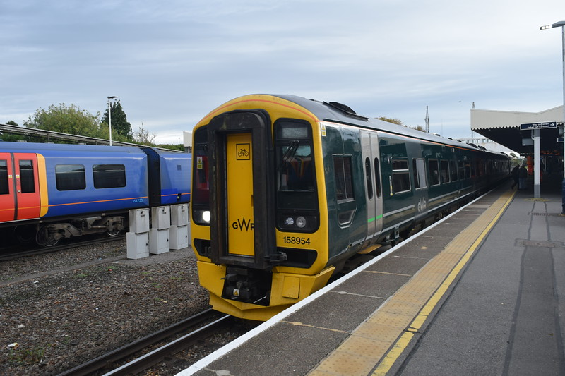 GWR Class 158 Express Sprinter no. 158954 leaving Havant on a Bristol service, 13.10.2018.